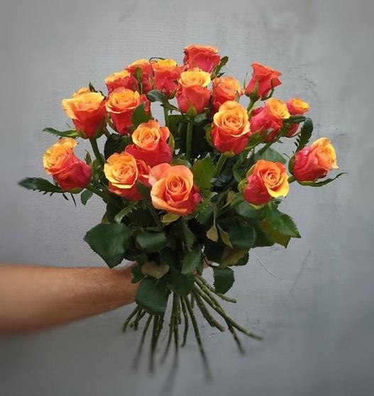 Букет из оранжевых роз сорт Испания