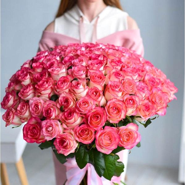 Букет из роз сорт Джумилия