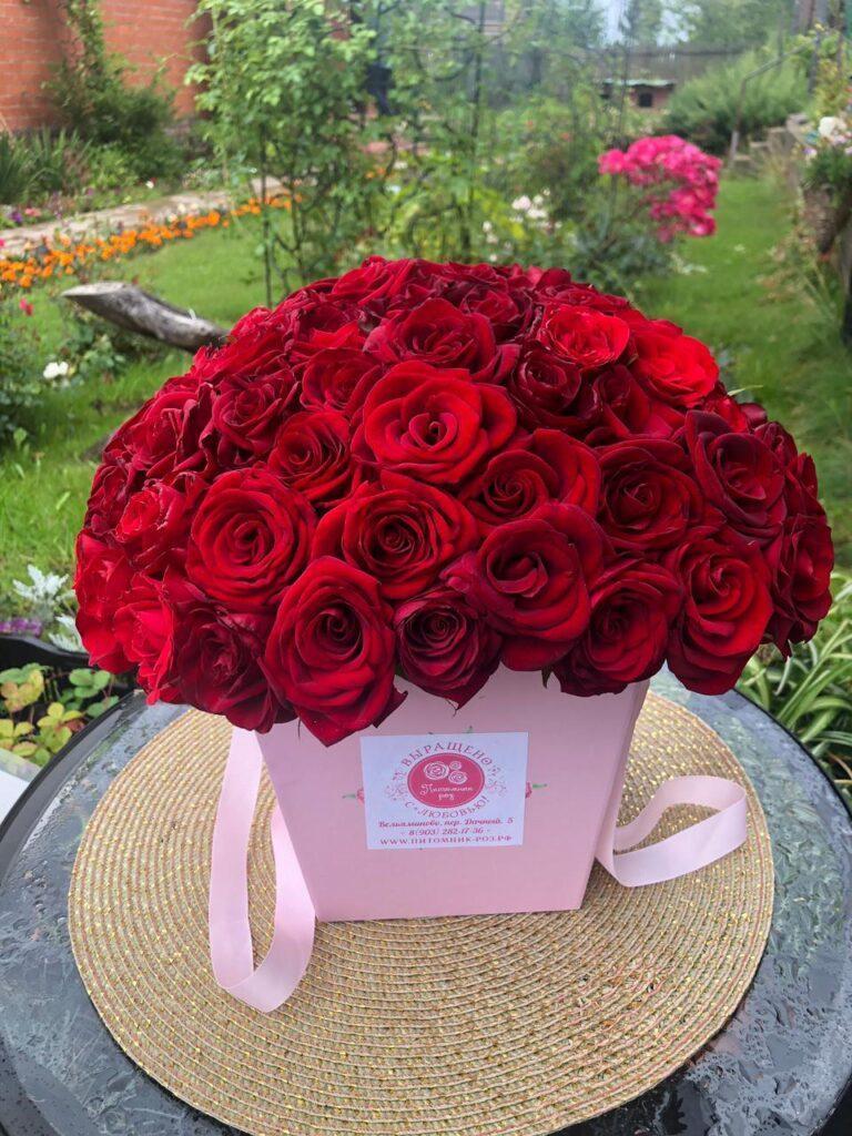 Букеты из роз – услуги флористики в Московской области